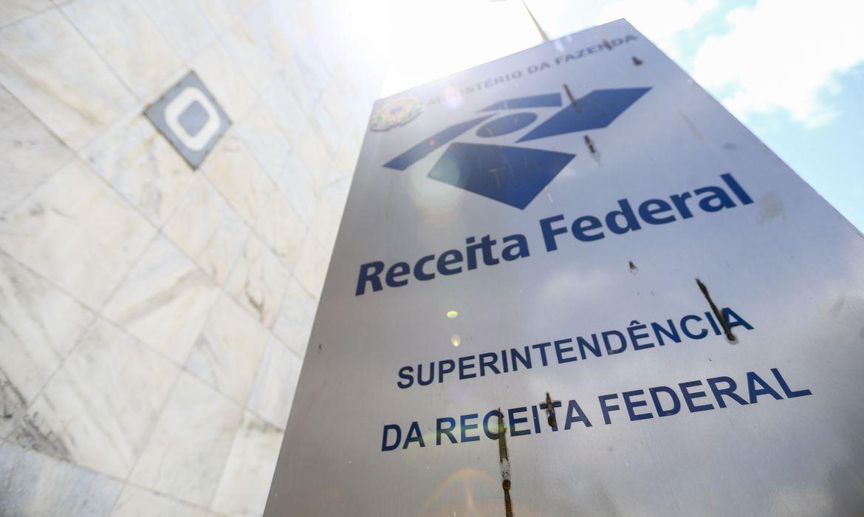 Receita Federal adia pagamento do Simples Nacional em três meses